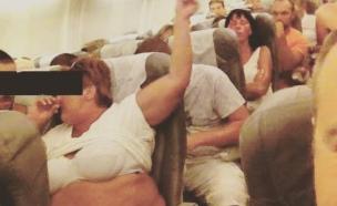 שיימינג בטיסה (צילום: passengershaming instagram)