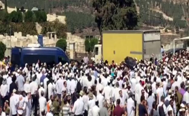 הלוויתו של נחמיה לביא (צילום: חדשות 2)