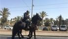 שוטרים מסיירים בבירה, היום (צילום: חדשות 2)