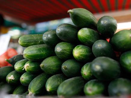 מחירי המלפפון צנחו (צילום: רויטרס)