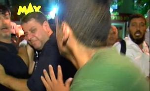 צוות חדשות 2 הותקף בעפולה (צילום: חדשות 2)