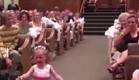 ילדים בחתונה  (צילום: יוטיוב)