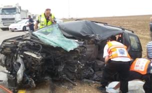 תאונה קטלנית בכביש 383 (צילום: חטיבת דובר המשטרה)