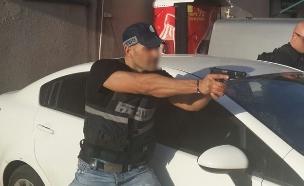 בלשי משטרת באר שבע (צילום: דוברות משטרת ישראל)