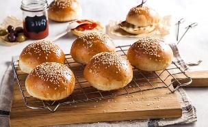 לחמניות המבורגר (צילום: אסף אמברם ,אוכל טוב)