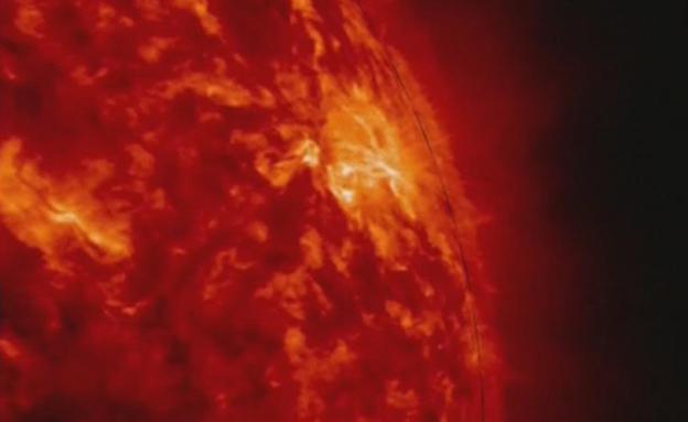 התפרצות סולרית על פני השמש (צילום: רויטרס)