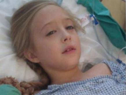 ילדה בת 8, חולה בסרטן