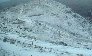 השלג בחרמון, הבוקר (צילום: מצלמות אבטחה)