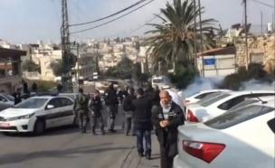 צפו בעימותים מחוץ להפגנה (צילום: יוטיוב)