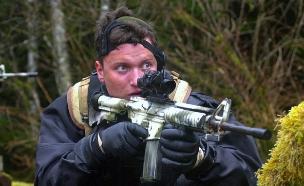 מתיו ביסונט (צילום: Navy Seals)