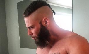 גבר עם צמה בשיער (צילום: מתוך אינסטגרם\catertheviking)