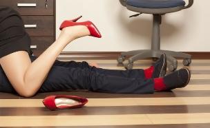 סקס במשרד (צילום: shutterstock ,shutterstock)