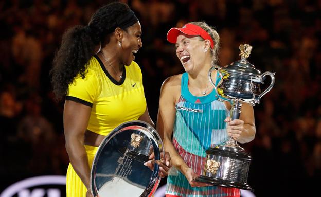 סנסציה: קרבר ניצחה את סרינה בגמר (צילום: רויטרס)