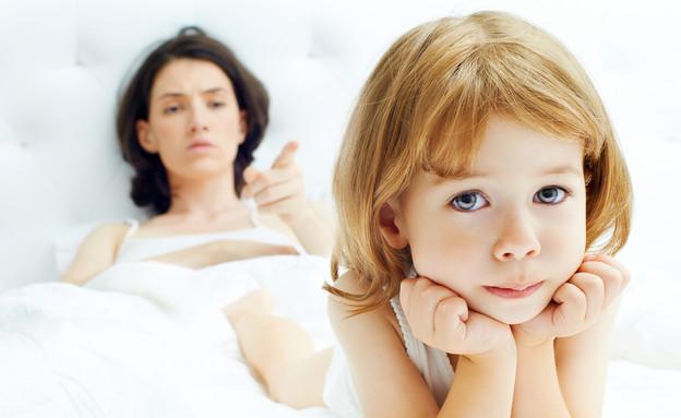 אמא כועסת על ילדה  (צילום: shutterstock ,shutterstock)