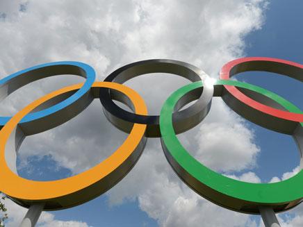יתוש קטן שפוגם באירוע הספורט הגדול בעולם (צילום: AP)