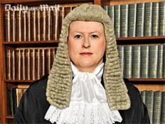 חלוצה. השופטת ויקטוריה מקלאוד (צילום: דיילי מייל)