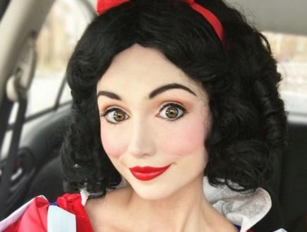 שרה אינגל, רוצה להיות נסיכת דיסני (צילום: dailymail)