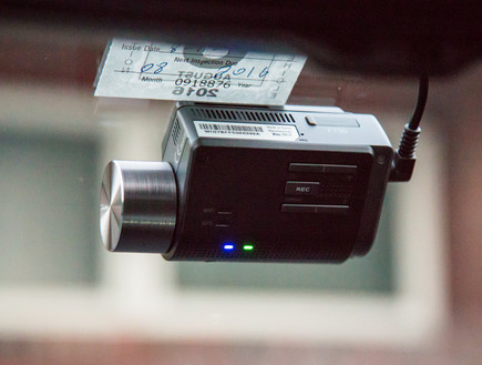 קבלו מצלמה לרכב חינם - מה הקאץ'?