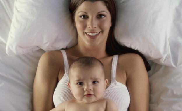 מלונית - אמא ותינוק בן יומו (צילום: thinkstock ,thinkstock)
