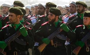 חיילי משמרות המהפכה האירני (צילום: רויטרס)