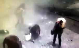 רגע הפיצוץ הפיגוע באיסטנבול (צילום: חדשות 2)