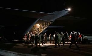"""המטוס הצבאי רגע לפני שהמריא לטורקיה (צילום: דו""""צ)"""
