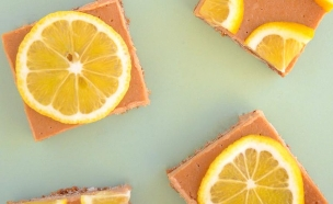 עוגת לימון וקרמל  (צילום: שקמה יעקבי ,אוכל טוב)