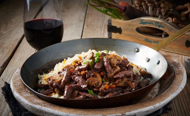 תבשיל שורשים צרפתי וטבעוני ביין אדום (צילום: בן יוסטר ,אוכל טוב)