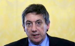 שר הפנים הבלגי ג'אן ג'מבון (צילום: רויטרס)