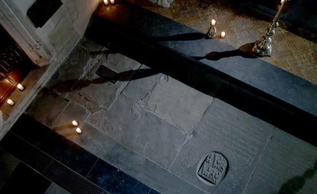 קבר שייקספיר (צילום: Channel 4)