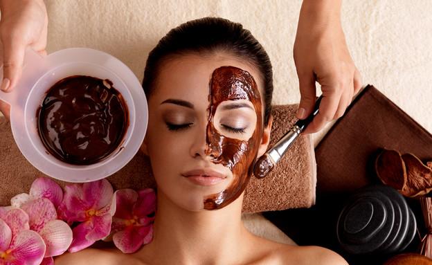 מסכת פנים טבעית (צילום: Shutterstock/Valua Vitaly)