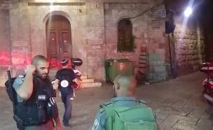 """זירת הפיגוע בשער האריות (צילום: מד""""א)"""