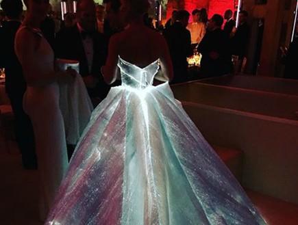שמלת סינדרלה (צילום: אינסטגרם ,אינסטגרם)