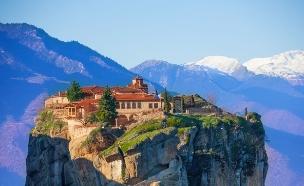 מטאורה, יוון (צילום: Sergey Novikov, Shutterstock)