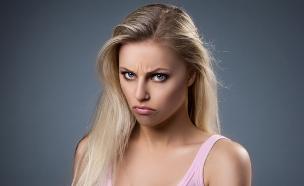 בחורה עצבנית (צילום: shutterstock ,מעריב לנוער)