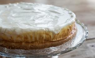 עוגת הגבינה של אורנה ואלה (צילום: נמרוד סונדרס ,כולם אופים עכשיו)