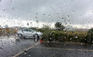 גשם מקומי בסוף מאי (צילום: אלעד זוהר, חדשות 2)