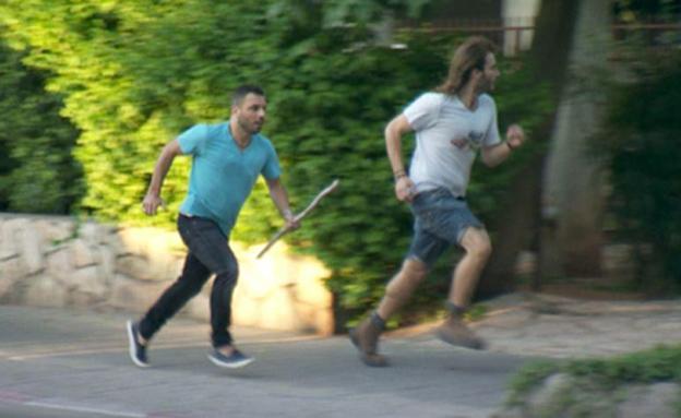 """טילטיל משחזר: """"שמעתי צעקות ורצתי אחרי המחבל"""" (צילום: רשת)"""