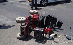 """נפגע בעת שנסע בקלנועית (צילום: תיעוד מבצעי מד""""א)"""