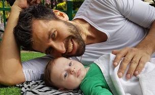 עדן והתינוק (צילום: צילום ביתי)