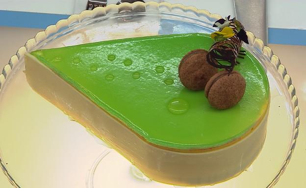 עוגת מנגו בננה ומלון (צילום: דניאל בר און ,בייק אוף ישראל)