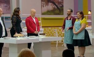 השופטים טועמים את עוגות הגמר של שי וניצן (צילום: מתוך בייקאוף ישראל ,שידורי קשת)
