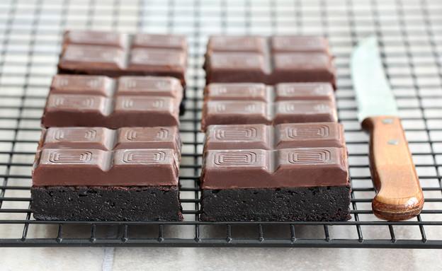 בראוניז קוביות שוקולד (צילום: ענבל לביא ,אוכל טוב)