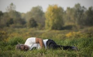 אייל שני מתעלף (צילום: רועי ברקוביץ' ,קרב השפים הגדול)