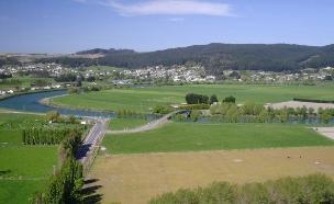 העיירה קאיטנגאטה באי הדרומי של ניו זילנד (צילום: Clutha District Council)