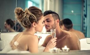 זוג יחד (צילום: shutterstock: oneinchpunch)