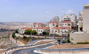 בנייה ביהודה ושומרון (ארכיון) (צילום: פלאש 90)