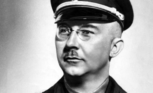 """בוכנוואלד. """"עצרתי לנשנוש בבית הקפה"""" (צילום: German Federal Archive)"""