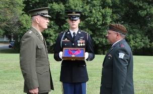 """הרמטכ""""ל קיבל אות כבוד מצבא ארה""""ב (צילום: דובר צה""""ל)"""