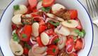 """סלט עגבניות ושעועית לבנה (צילום: עידית נרקיס כ""""ץ ,אוכל טוב)"""